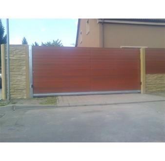 https://www.hezke-ploty.cz/169-509-thickbox/brana-posuvna-samonosna-ram-pozink-plast-vypln-na-sraz.jpg