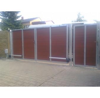 https://www.hezke-ploty.cz/170-507-thickbox/brana-kridlova-ram-pozink-plast-vypln-na-sraz.jpg